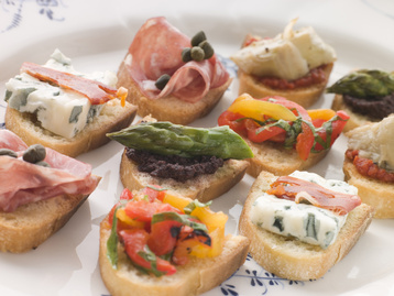 Canapes crostini recipe mydish for Italian canape ideas