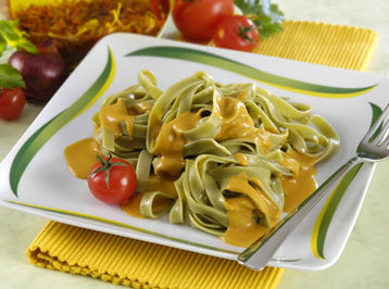 Green Tagliatelle with Hot Red Pepper Sauce