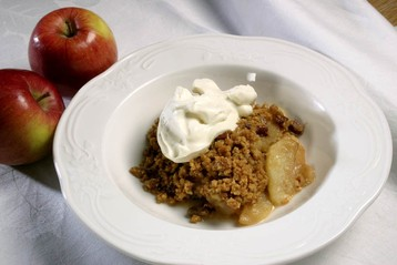 Toffee-apple Crumble