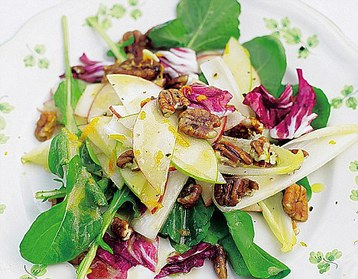Jamie Oliver's Southern Pecan and Apple Salad