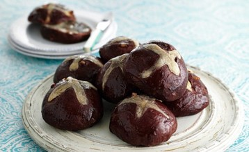 Jo Pratt's Chocolate Orange Hot Cross Buns