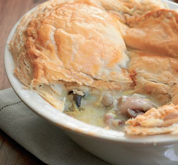 Jo Pratt's Chicken, Leek and Mushroom Pie
