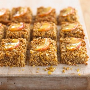 Recipe Apple Cinny Flapjacks - mydish