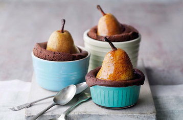 Individual Pear and Chocolate Cake Pots