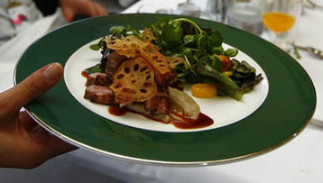 Eq8 Orange & Passion Fruit Marinated Duck Breast On A Mango, Watercress & Cashew Nut Salad